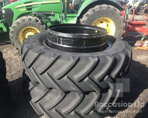 StocksAG 520/85R46 dual wheels