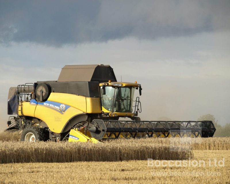 NEW HOLLAND CR9080 Smart Tracks
