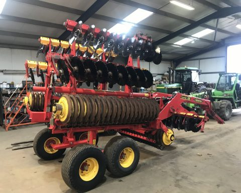 Vaderstad Carrier CR 650 classic