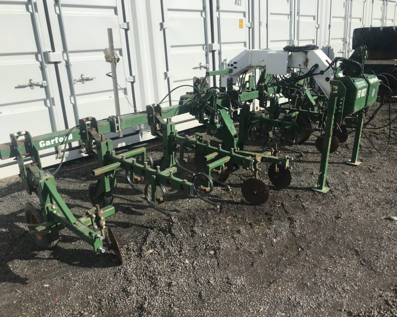 Garford Robocrop 6m front mounted