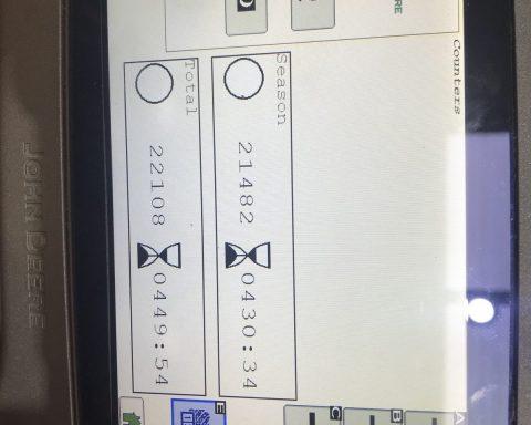 John Deere 960 round baler