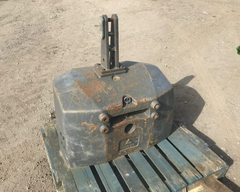 AGCO 1500kg front weights