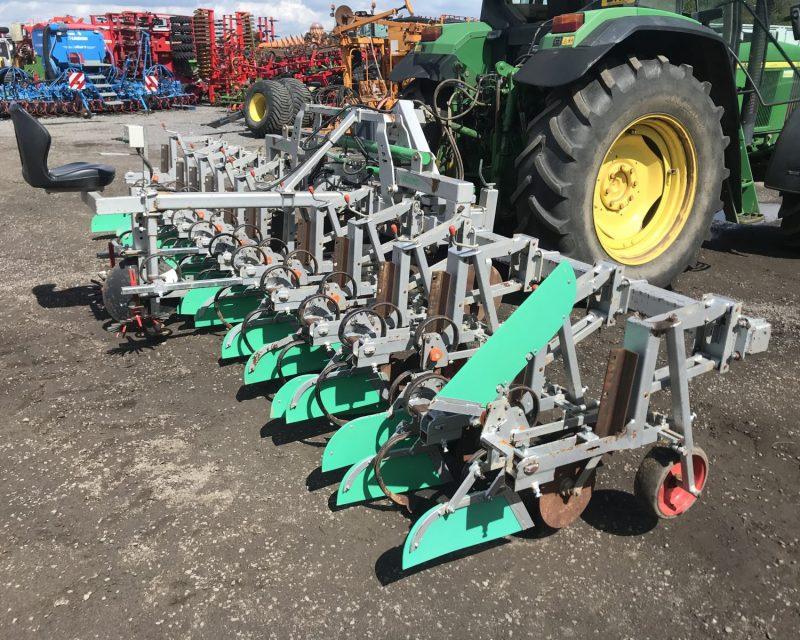 Agronomic 12 rows steering beet hoe