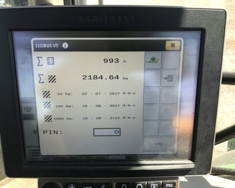 John Deere 750A 6m