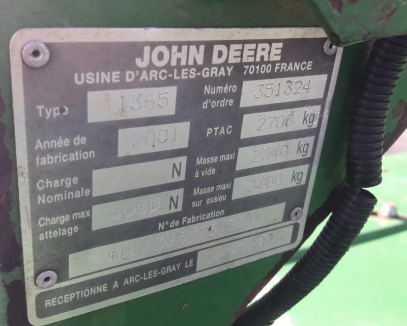 John Deere 1365 Mo-Co