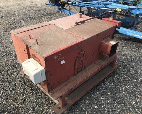 Generator-hydraulic pump.