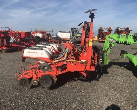 Kuhn Maxima-2 6 rows maize drill