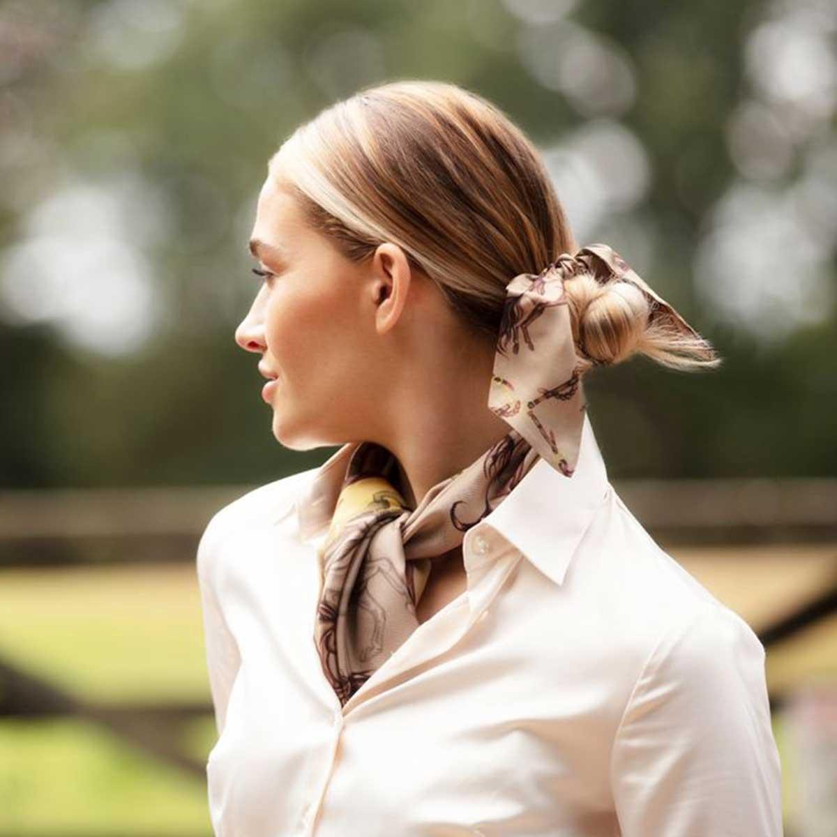 Clare Haggas Equestrian Scrunchie – Toffee