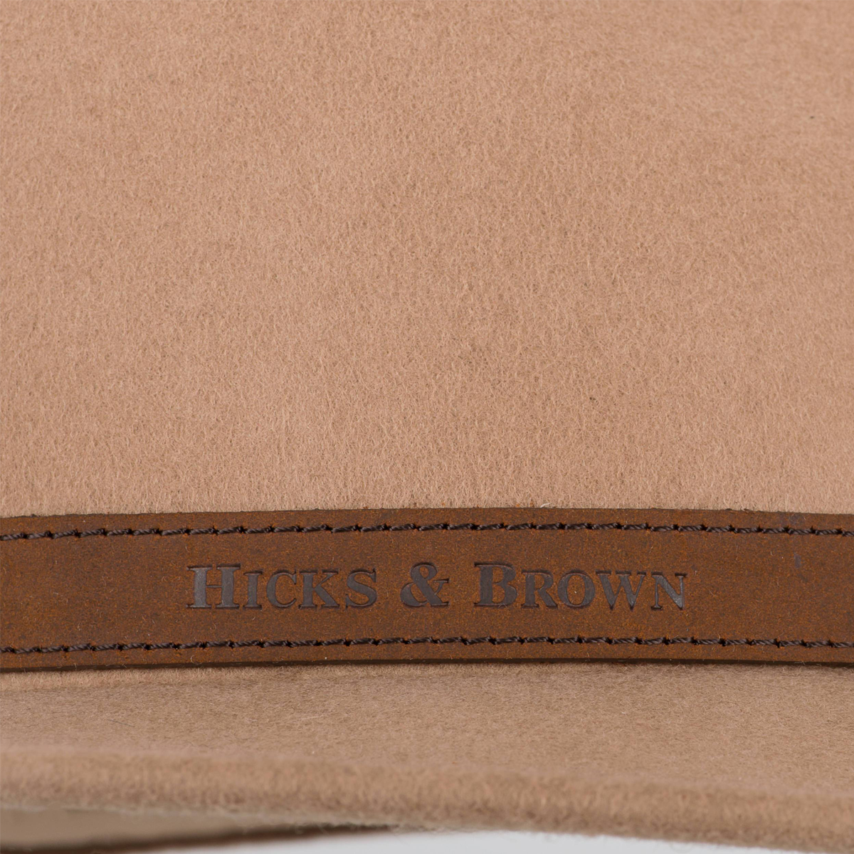 Hicks & Brown The Suffolk Fedora (Guinea & Pheasant Feather) – Camel