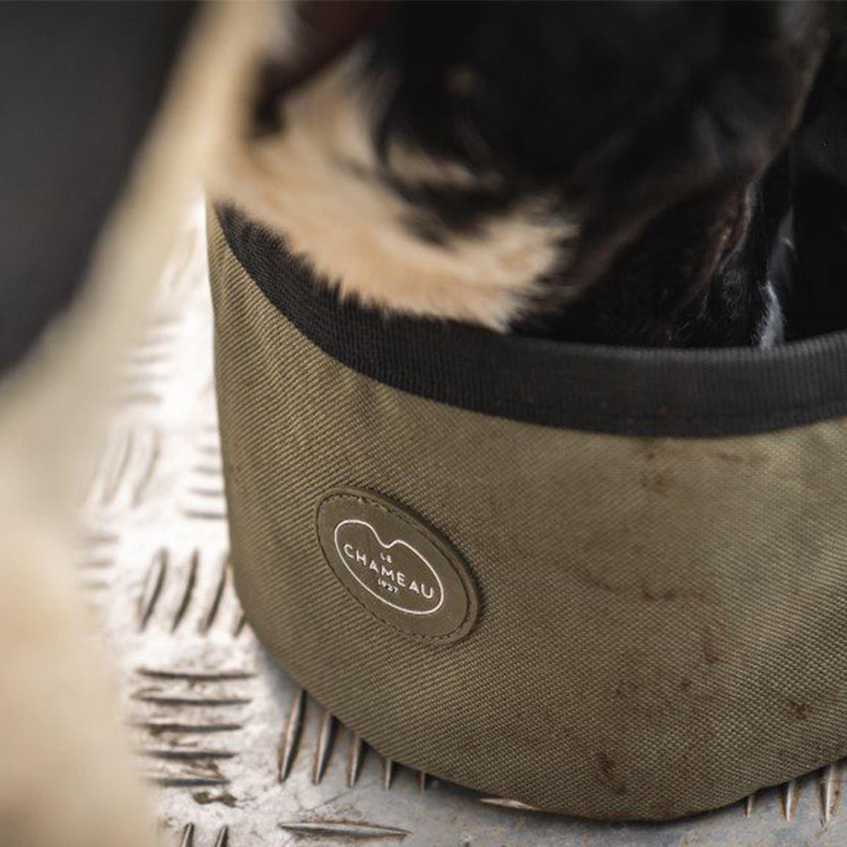 Le Chameau Portable Dog Bowl – Vert Chameau