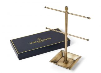 Fairfax & Favor – The Signature Tassel Stand