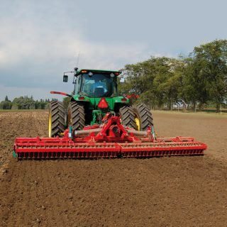 KVERNELAND 6M POWER HARROW HIRE