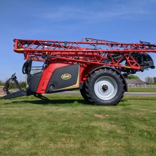 NEW VICON IXTRACK T4 TRAILED SPRAYER