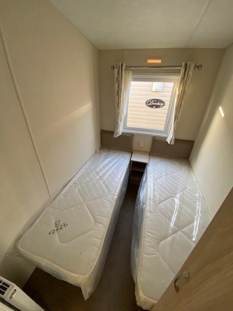 Delta Bromley 39ft x 12ft – BRAND NEW