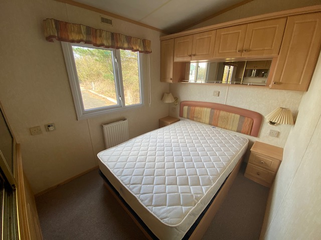 Willerby Aspen 37ft x 12ft DOUBLE GLAZE, CENTRAL HEATED, PITCHED ROOF