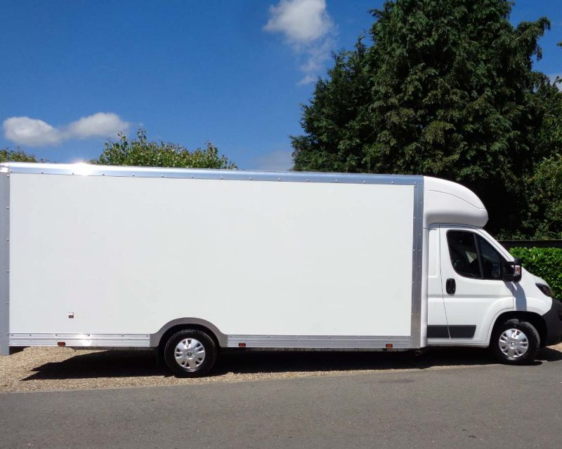 Fiat GiantMAX 5.6M x 2.3M High Roof