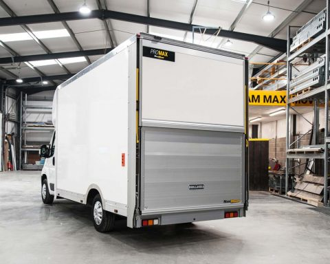 Fiat CityMAX 4.1M x 2.5M High Roof Tail-Lift