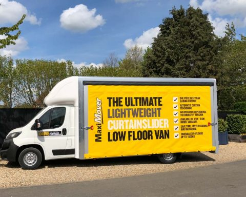 Fiat GiantMAX Curtainsider Extra-High Roof