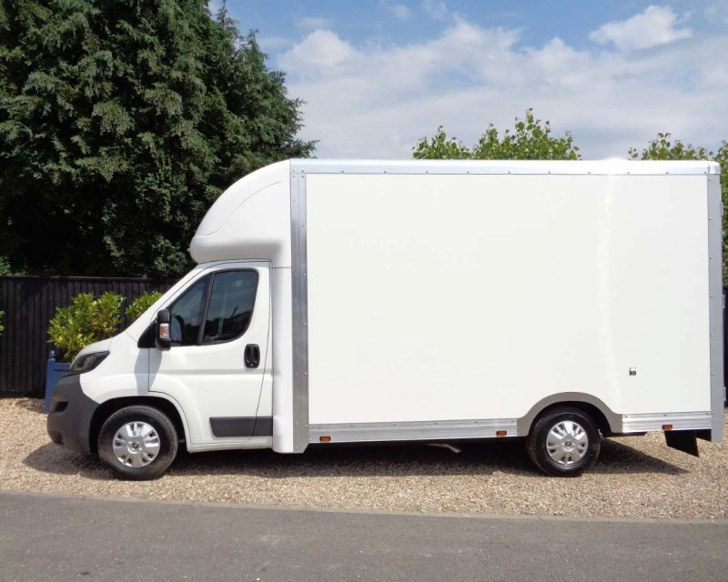 Fiat Grafter Plus 4.1M x 2.5M Medium Roof