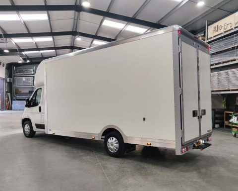 Fiat GiantMAX 5.6M x 2.5M Wide-Trak High Roof