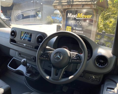 Mercedes SprintMAX GT Vantage 4.2M x 2.3M Medium Roof Low Loader Luton Van