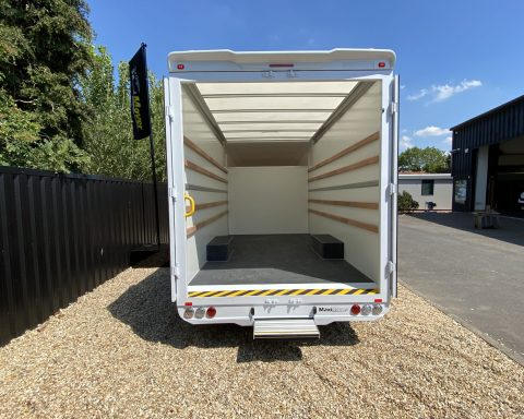 Mercedes SprintMAX GT VantagePLUS 4.2M x 2.3M Medium Roof Low Loader Luton Van