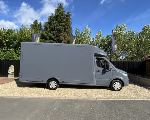 Mercedes SprintMAX GT 4.5M x 2.3M Medium Roof Low Loader Luton Van