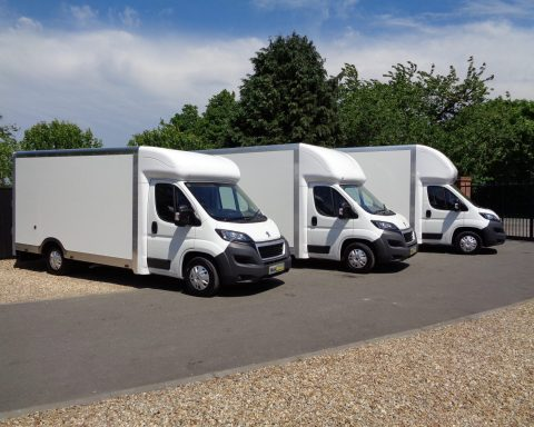Maxi-Mover-Vans-4