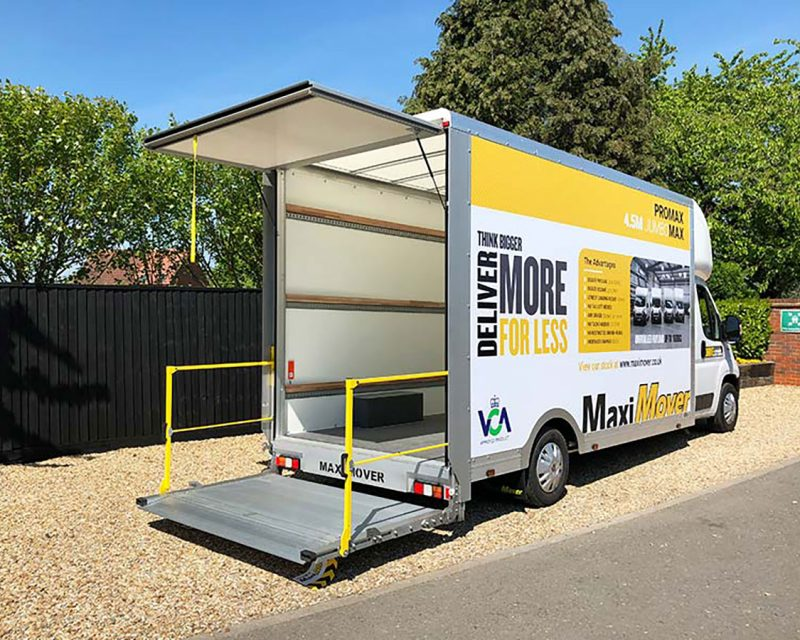 tail-lift-cv-show-van