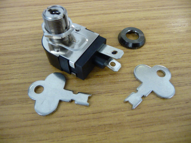 Stannah Key Switch SMO 319 (Includes Keys)