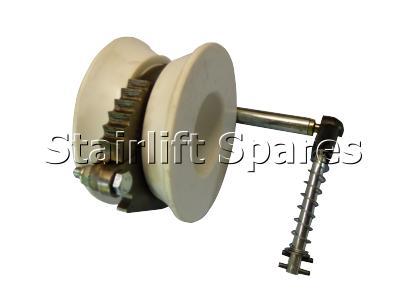 Pinion Roller Assy RH (250 & 260)