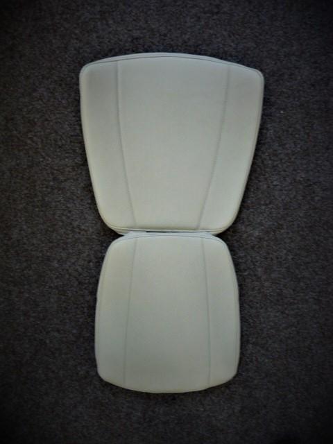 Thyssen Access Flow 2 / Levant Comfort Vinyl Upholstery