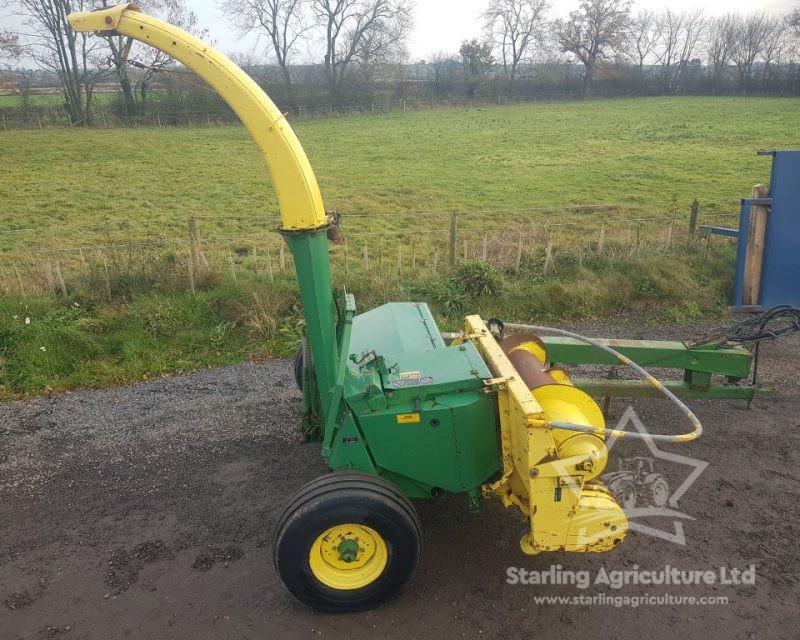 John Deere 3760 Forage Harvester