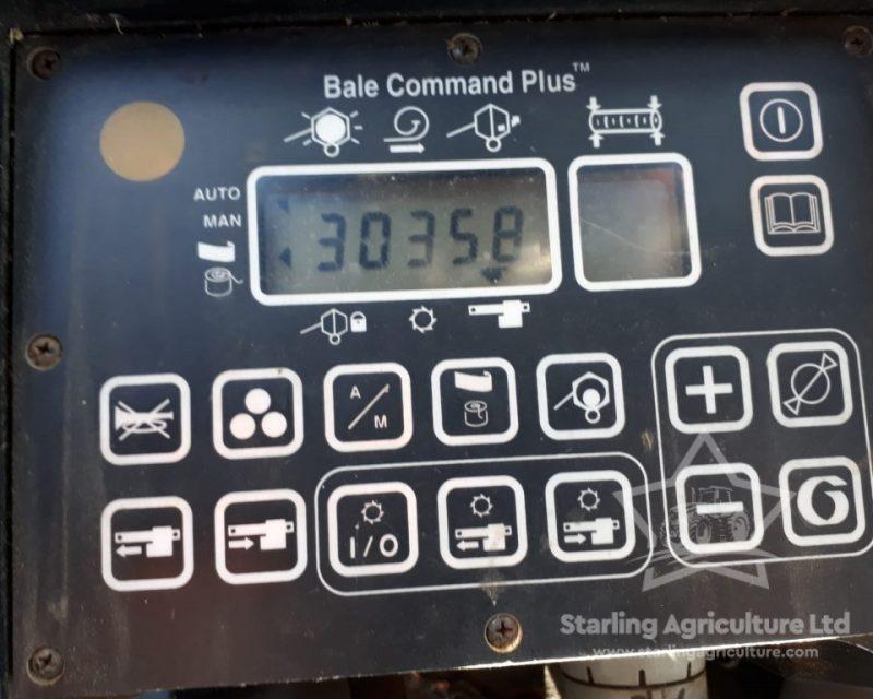 New Holland 658 Round Baler