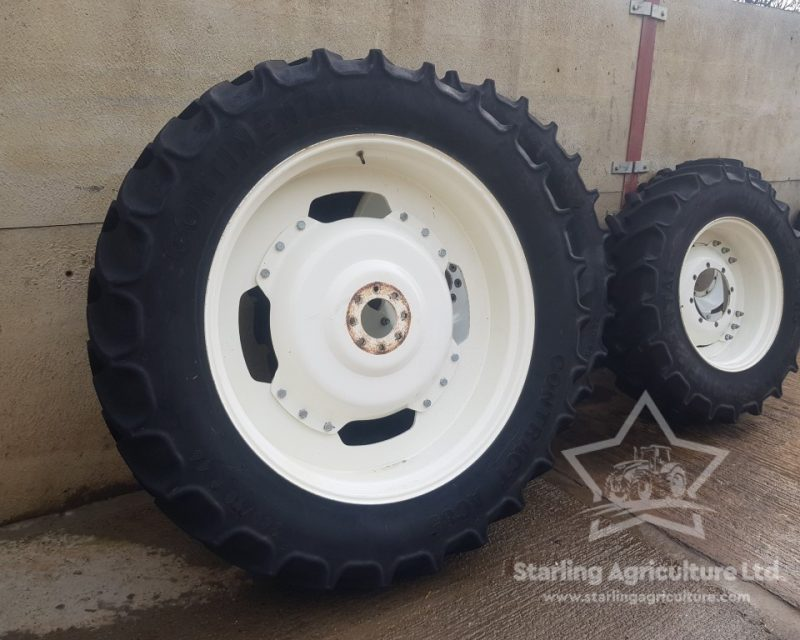 380/90R46 and 380/85R30 Rowcrops for New Holland