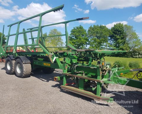 Walton 6072 Bale Collector