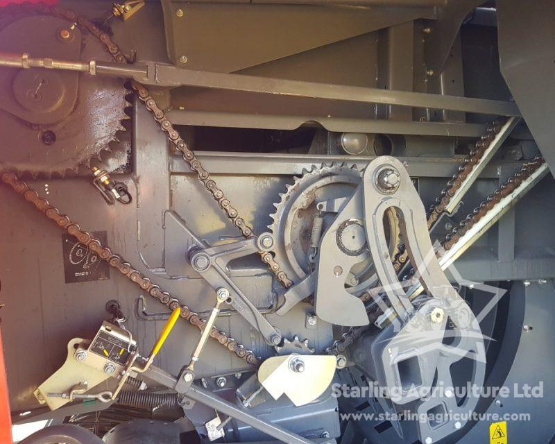 Massey Ferguson 2270XD Baler