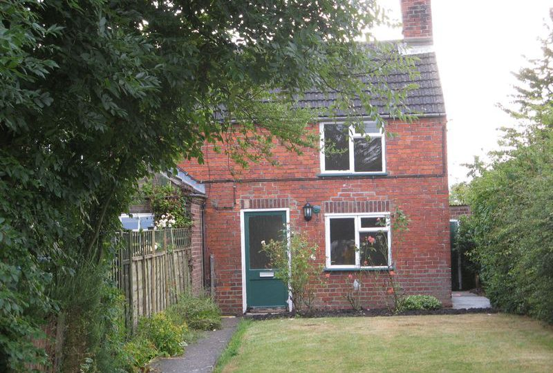 Pump Cottage, 18 Station Road, Halton Holegate, Spilsby