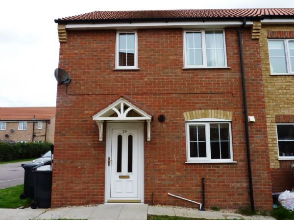 39, Curtis Drive, Coningsby, Lincoln