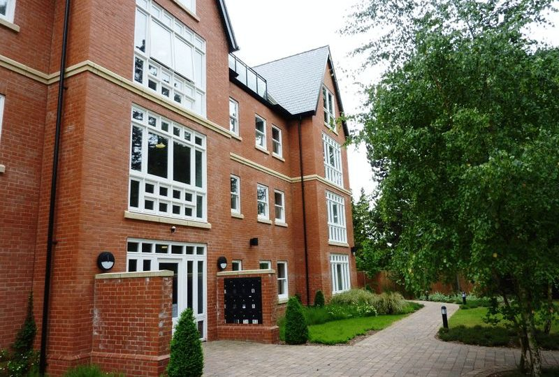 14 Sterling Place Apartments, Sterling Place, Woodhall Spa