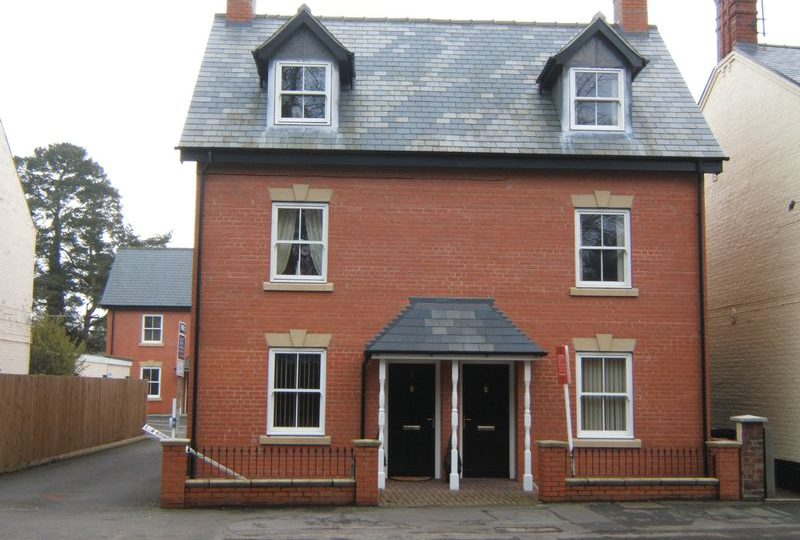 6 Cheshire Court, Witham Road, Woodhall Spa