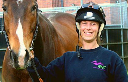 National Horseracing College – Sweatshirt