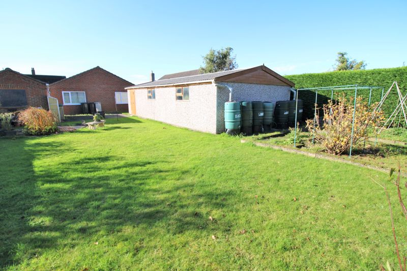 The New Bungalow, Pinfold Lane, Beesby, Alford